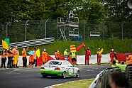 Ehrenrunde für Sabine Schmitz auf der Nordschleife - 24 h Nürburgring 2021, Verschiedenes, 24-Stunden-Rennen, Nürburg, Bild: Gruppe C Photography