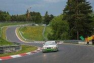 Ehrenrunde für Sabine Schmitz auf der Nordschleife - 24 h Nürburgring 2021, Verschiedenes, 24-Stunden-Rennen, Nürburg, Bild: BMW Motorsport