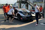 Highspeed-Unfall von Esmee Hawkey - DTM 2021, Lausitzring, Klettwitz, Bild: Motorsport-Magazin.com