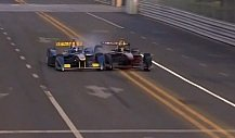 Horror-Crash von Nick Heidfeld in Peking