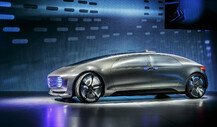 Mercedes-Benz TV: Der F 015 Luxury in Motion