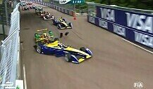 Formel-E-Final-Drama in London: di Grassi und Buemi crashen