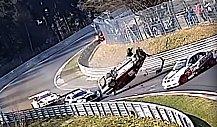 Nürburgring-Unfall: Sechsfach-Überschlag eines VW Jetta