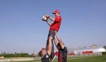 Vettel und Leclerc treffen aufeinander - beim Rugby-Training