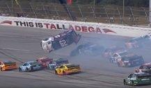 NASCAR Talladega 2019: Crash-Festival inklusive Überschlag