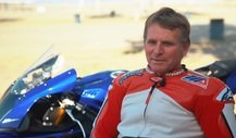 Wayne Raineys Ausfahrt auf der Yamaha R1