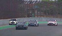 Mini-Fahrerin sorgt bei Mercedes-Rennen für Safety Car