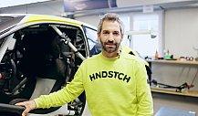 Timo Glock zeigt seinen ROWE-BMW für die DTM 2021