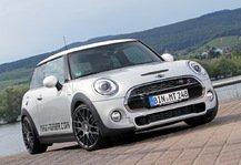 Auto: Maxi-Tuner: Performance-Package f�r MINI Cooper S - 250-km/h-Schallmauer geknackt