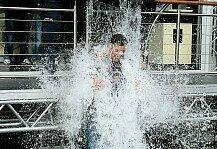 Formel 1: Ice Bucket Challenge: Renn-Stars nass gemacht - Von Hamilton bis Dennis