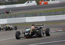 Formel 3 Cup: Markus Pommer gewinnt auf nasser Strecke - Tabellenf�hrung weiter ausgebaut