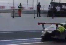 Mehr Sportwagen: 24h Dubai: Unfall-Video sorgt für wilde Diskussionen