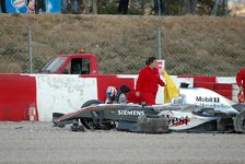 Formel 1 - Nach dem Crash: Räikkönen beendet Tests!