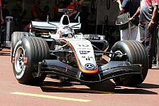 Formel 1 - McLaren erwartet einen harten Kampf gegen Renault