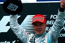 Formel 1 - So geht �berholen!: Video: H�kkinen vs. Schumacher Spa 2000