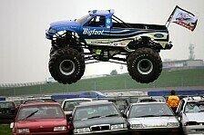 Motorsport - So legt man einen großen Fuß auf's Dach