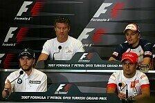 Formel 1 - Verschw�rungen und Vertr�ge: Die Donnerstags-Pressekonferenz