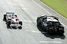Formel 1 - Dunkler Ritter: Video: Batmobile vs. Toyota
