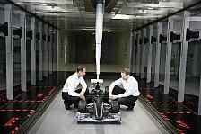 Formel 1 - Hungrig nach mehr: Schumacher besucht Mercedes-Fabrik