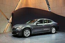 Auto - Weltpremiere des ersten Infiniti-Hybrid auf dem Genfer Salon: Der fahraktive Hybrid Infiniti M