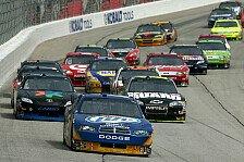 NASCAR - Viele Reifensch�den auf dem Highspeed-Oval in Atlanta: Kurt Busch gewinnt in der Overtime