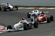 Formel BMW - Frijns & Harvey in Ungarn auf Pole