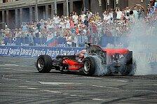 Formel 1 - �berraschungsbesuch in der Heimatstadt: Jenson Button verspricht McLaren-Siege in 2014