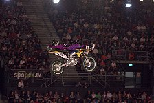 "NIGHT of the JUMPs - Der ""Whipmaster"" im Interview: Exklusiv � Lukas Weis"