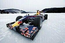 Formel 1 - Werksbesuch zwei Wochen vor Weihnachten: Vettel & Webber feiern Titel in Milton Keynes