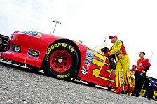 NASCAR - Juan Pablo Montoya startet aus der ersten Reihe: Kurt Busch holt Kansas-Pole