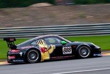 Carrera Cup - Mit dem Porsche durch die Nacht: Menzel als Gaststarter in Singapur