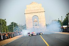 Formel 1 - 60.000 Fans waren begeistert: Ricciardo rauscht im Showcar durch Delhi