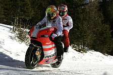 MotoGP - Action im Schnee: Video - Ducati: Action bei Wrooom 2012