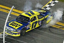 NASCAR - Montoya sorgt f�r ein Feuer-Inferno: Matt Kenseth siegt vor Dale Earnhardt Junior