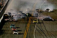 NASCAR - Chaos in den letzten Runden: Vierter Daytona-Sieg f�r Tony Stewart