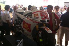 MotoGP - Geste mit Symbolkraft: Ezpeleta ersteigert Simoncelli-Bike