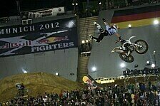 NIGHT of the JUMPs - Die Freestyle Motocross WM erobert das Land der aufgehenden Sonne: NIGHT of the JUMPs Guangzhou 2012