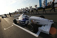 Formel BMW - Scholarship-Shoot-Out f�r 2013 gewonnen: Talent Cup: Jules Szymkowiak siegreich