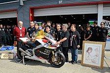 Moto2 - Ein weiterer Tribut an den verstorbenen Japaner: Team schenkte Tomizawas-Familie Moto2-Maschine