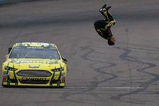 NASCAR - Spannender Endkampf in Phoenix: Carl Edwards kann doch noch gewinnen
