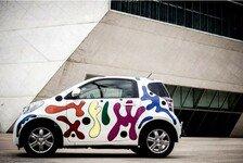 Auto - Farbenfrohes Design von Joana Vasconcelos: Toyota iQ als rollendes Kunstwerk