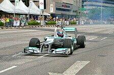 Formel 1 - Was f�r ein unglaublicher Tag!: Jaafar absolviert Showrun in Kuala Lumpur