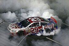 NASCAR - Verr�cktes Rennen am Memorial-Day-Weekend: Harvick besiegt Kahne im Endspurt
