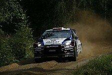WRC - Novikov touchiert Baumst�mme: �stberg knapp vor Ogier an der Spitze