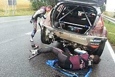WRC - Holzapplikation mal anders: Video - Neuville sammelt Baumstamm ein