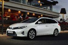 Auto - Individuelle Zubeh�rpakete erh�ltlich: Toyota Auris Touring Sports im Handel