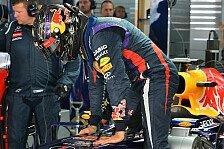 Formel 1 - Vettel half beim Zusammenpacken an der Box