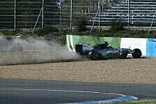 Formel 1 - Defekt am Frontfl�gel: Video - Hamilton fliegt in Jerez ab