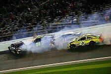 NASCAR - Big One: Nur acht Fahrer im Ziel: Hamlin gewinnt das Sprint Unlimited