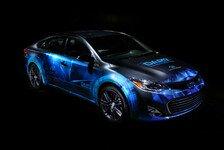 Auto - Weiterentwickeltes Assistenzsystem AHDA mit Abstandsregelung und Fahrspursteuerung: Toyotas n�chster Schritt zur autonomen Fahrtechnik
